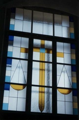 Rakvere kohtumaja vitraazid (teostus koos M.Saarega) 1995 - Rakvere, Eesti  <br/>Stainglass windows for Rakvere Courthouse (with M.Saare) 1995 - Rakvere, Estonia