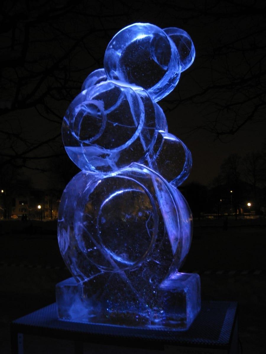 """""""LUMEMEMM"""" 2010 h= 2 m Tallinn, Eesti   <br/>""""SNOWMAN"""" 2010 h= 2 m Tallinn, Estonia"""