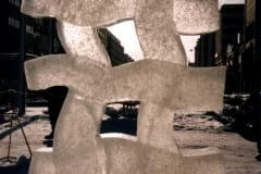 """SIRGUMINE"" 2001 h= 2 m Vaasa, Finland (teamwork - II prize) <br/> ""GROWING THROUGH"" 2001 h= 2 m Vaasa, Soome - II preemia"
