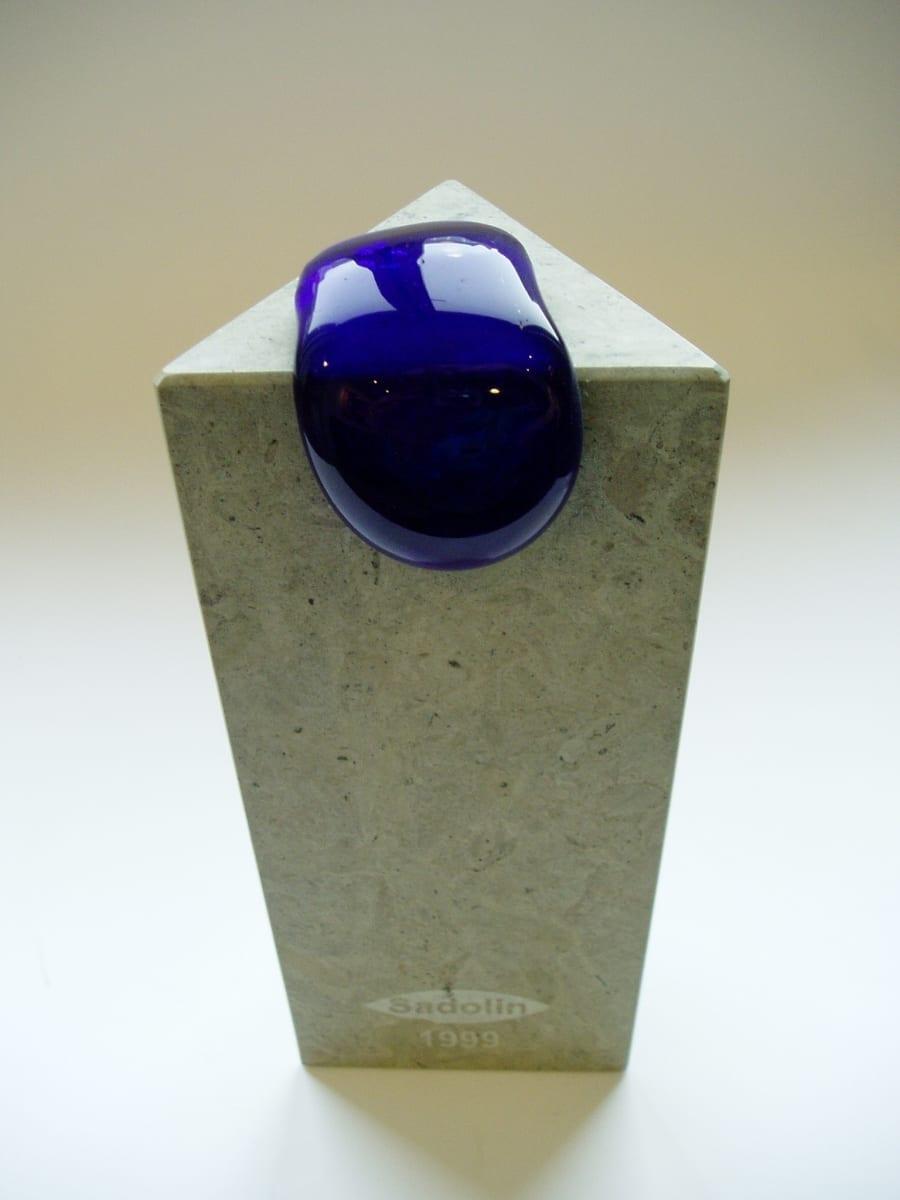 SADOLIN 1999 paekivi, klaas  <br/>For SADOLIN 1998 limestone, glass