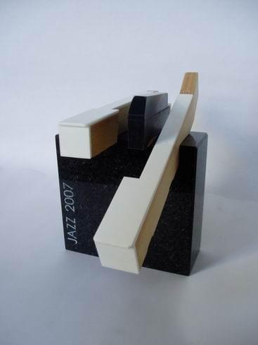 ELIONI JAZZIAUHIND 2007 graniit, klaveriklahvid  <br/>ELION JAZZAWARD 2007 granit, piano keys