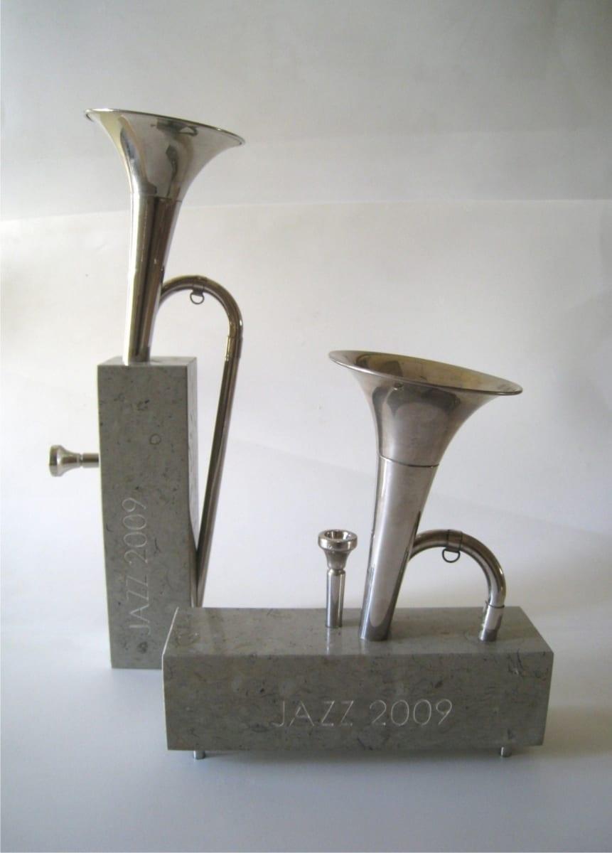 ELIONI JAZZIAUHIND 2009 metall, paekivi  <br/>ELION JAZZAWARD 2009 metal, limestone