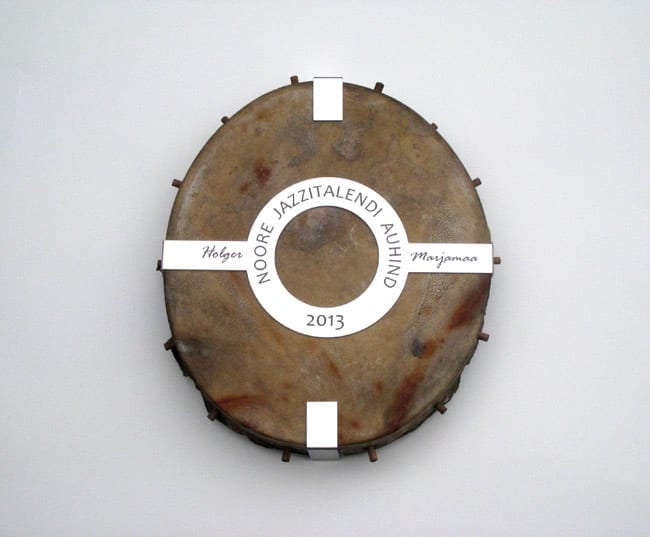 NOORE JAZZITALENDI auhind 2013 trumm, lasergraveering roostevabal terasel  <br/>An award to the YOUNG JAZZTALENT 2013 drum, lazerengraving on stainless steel