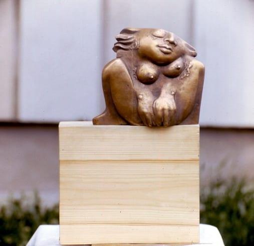 """""""ÜKSI"""" 1991 puu, pronks  <br/>""""ALONE"""" 1991 wood, bronze"""