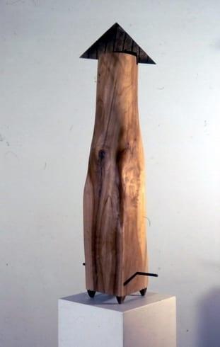 """ÜLESPOOLE"" 1992 puu, pronks <br/> ""UP"" 1992 wood, bronze"