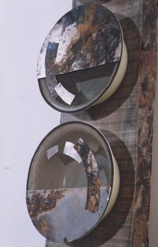 """TÄISKUU-NOORKUU"" (detail)  2001 puu, metall<br/> ""FULL MOON - YOUNG MOON"" (detail) 2001 wood, metal"
