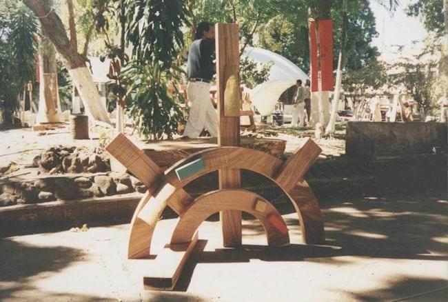 """""""PÄIKE"""" 1996 puu - puuskulptuuri sümpoosion Alajulea, Costa Rica <br/> """"SUN"""" 1996 wood - wood carving symposium in Alajuela, Costa Rica"""