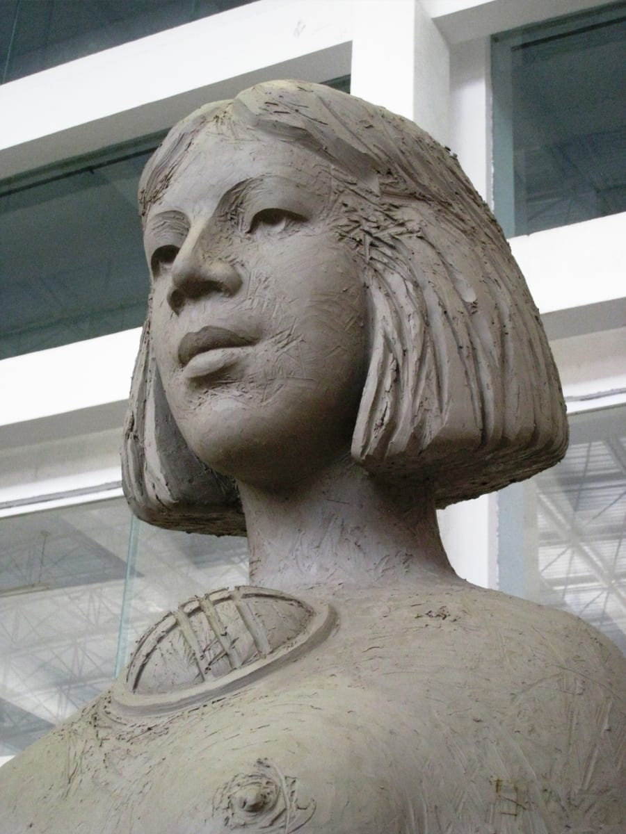"""EMA"" (detail) 2011 pronks, metall h= 4,3 m - rahvusvaheline skulptuurisümpoosion Changchun, Hiina<br/> ""MOTHER"" (detail) 2011 bronze, metal h= 4,3 m - international sculpture symposium in Changchun, China"