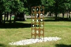 """""""PAENE RAND"""" 2005 metall, kivid - skulptuuri workshop Paldiski, Eesti<br/> #STONY SHORE"""" 2005 metal, limestones - sculpture workshop in Paldiski, Estonia"""
